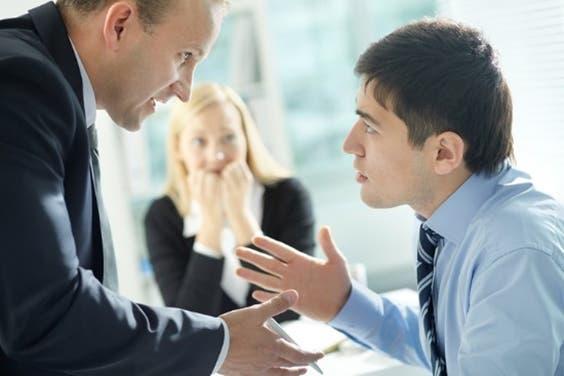 なぜマーケティング担当者と営業担当者との間に、対立が起こってしまうのか